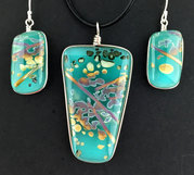 Fused Reactive Glass Jewelry